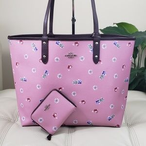 Coach Disney Reversible City Tote & Wallet